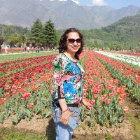 Suman Kapoor (सु..मन) from Mandi, Himachal Pradesh