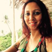 娜塔莎从Gurugram